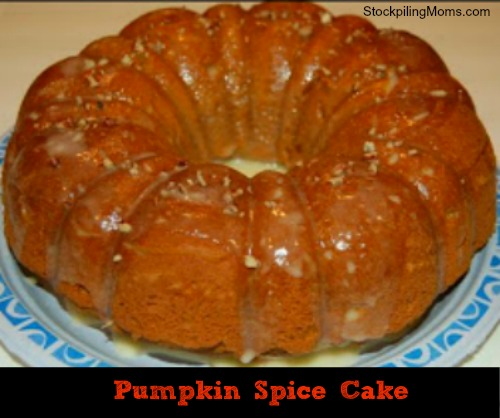 This pumpkin spice cake is so flavorful and perfect for Thanksgiving!