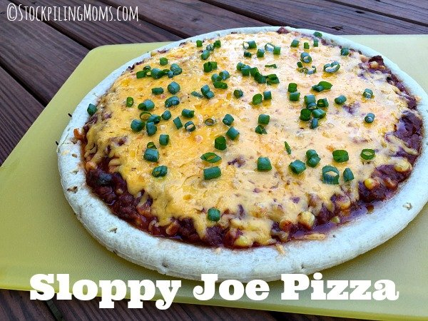 Sloppy Joe Pizza is so yummy and easy to make in less than 30 minutes!