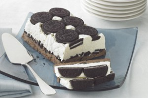 Cookies & Cream Freeze is the most amazing Ice Cream Cake and perfect for a summer celebration!