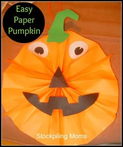 I love this easy paper pumpkin Halloween craft. This is a fun and frugal craft to do with the kids and an easy way to decorate for parties too! Click for directions.