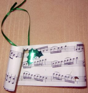 For the music lover this is an easy but classic Christmas ornament