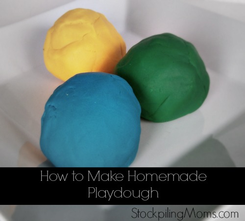 How To Make Homemade Playdough - This is a great money saver for anyone with kids.