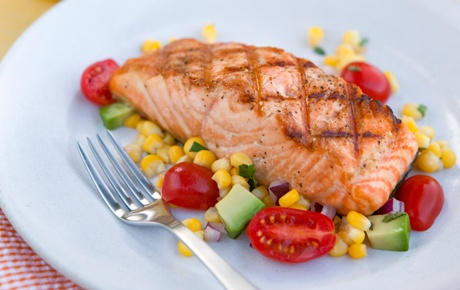 Grilled Salmon with Corn Salad is a healthy and low fat summer dish. It is perfect if you are carb cycling.
