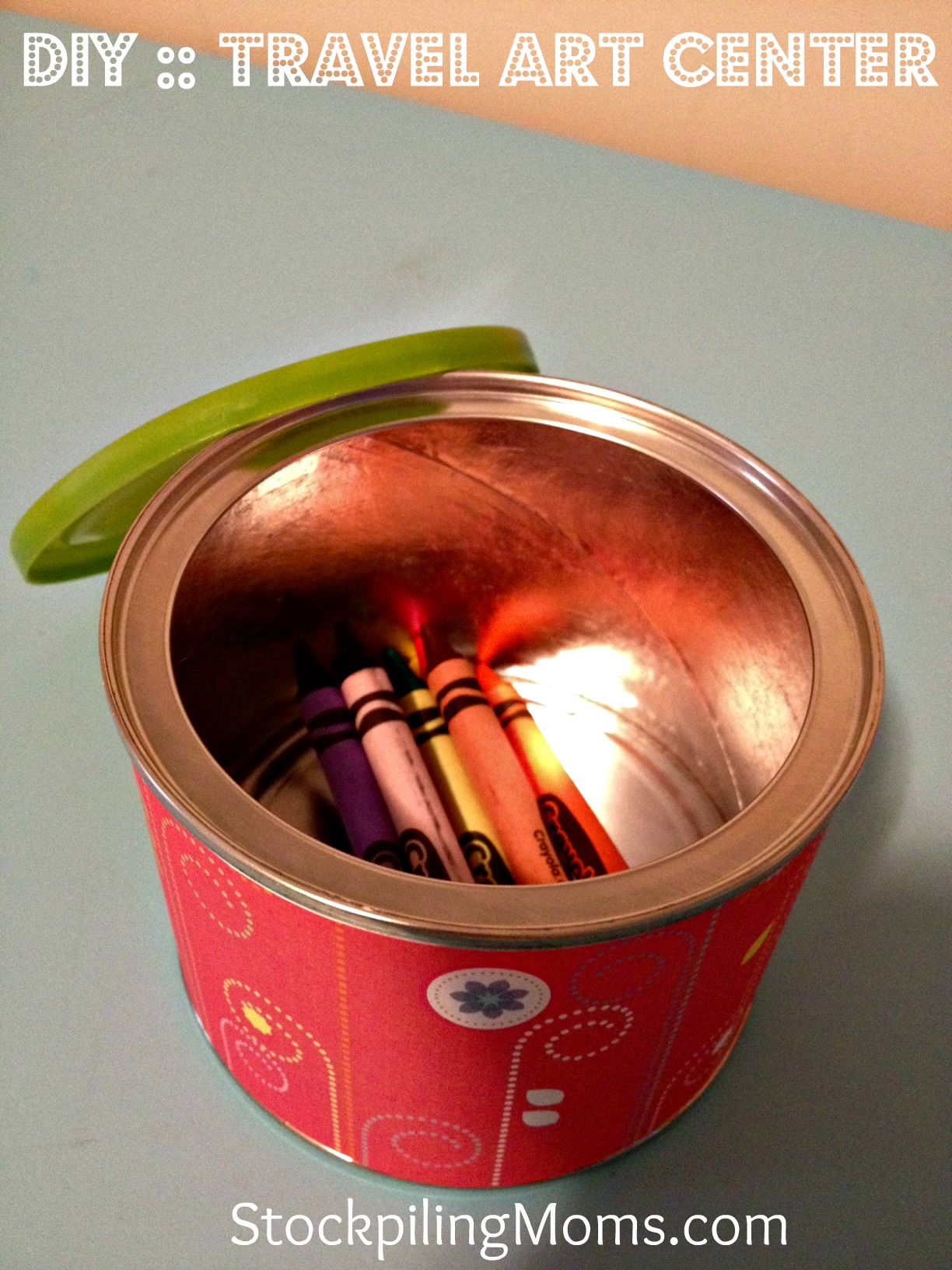 e love this DIY Travel Art Center for Vacation using a cookie sheet