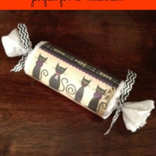 DIY Halloween Treat Crackers