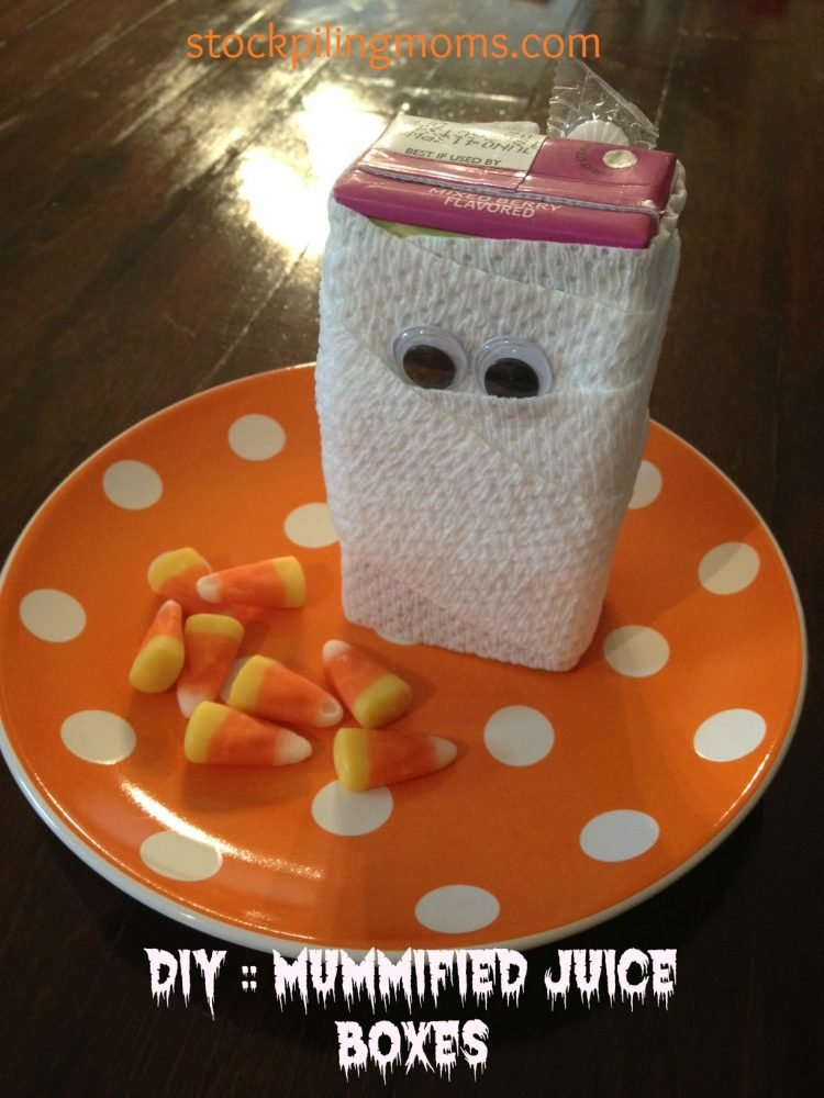 Halloween Treat - Mummy Juice Boxes are so much fun to serve at your Halloween parties. Kids love them!