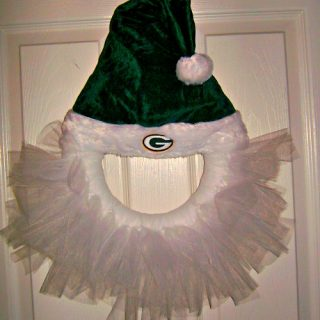 How To Make a Santa Hat Tulle Wreath