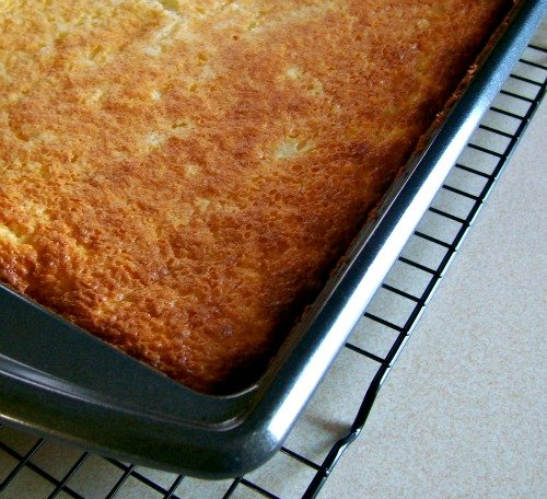 Pineapple Angle Food Cake is AMAZING! Only 4 WW points in this delicious low fat dessert.