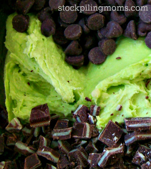 These St. Patrick's Day Cookies are great for parties!  They are easy to make and taste delicious!