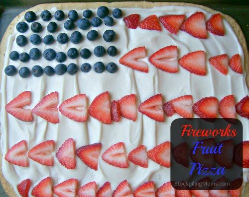 We LOVE Fireworks Fruit Pizza!  So easy to make and the kids LOVE it! #MemorialDay #July4th #Flag #Dessert