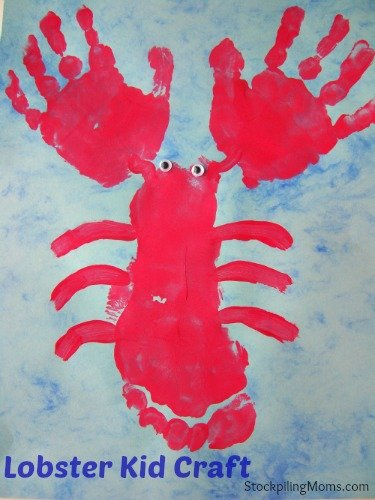 Lobster Kid Craft is so easy to make a great summer keepsake! #kids #summer #fun #craft
