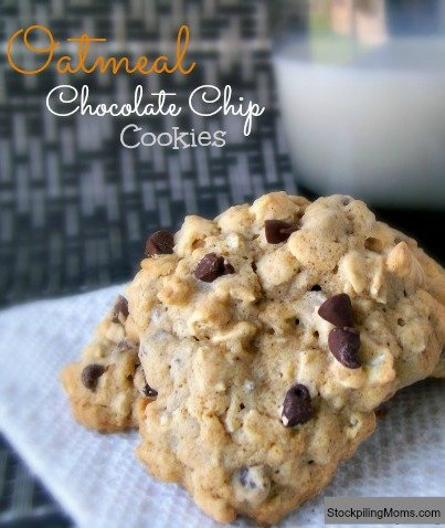 These Oatmeal Chocolate Chip Cookies are AMAZING! Best Cookie Ever!