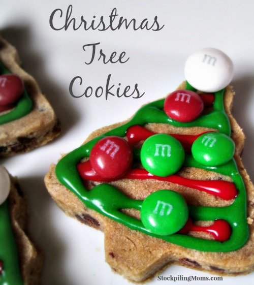 These Christmas Tree cookies will sure delight anyone! Perfect for parties!