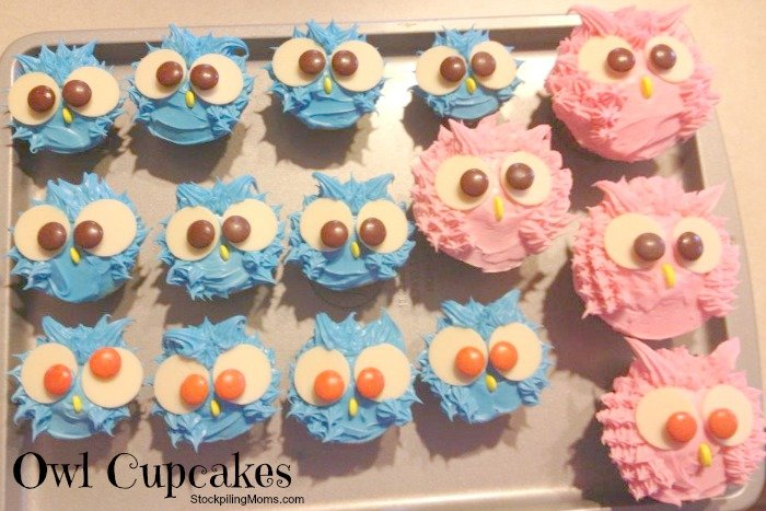 How to make an owl cupcake. Perfect for a baby shower or owl themed birthday party.