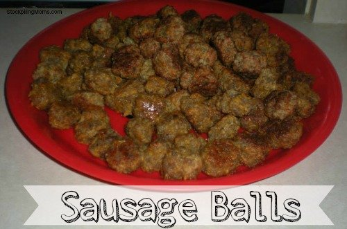 Sausage Balls Recipe - Only 3 ingredients in this savory appetizer