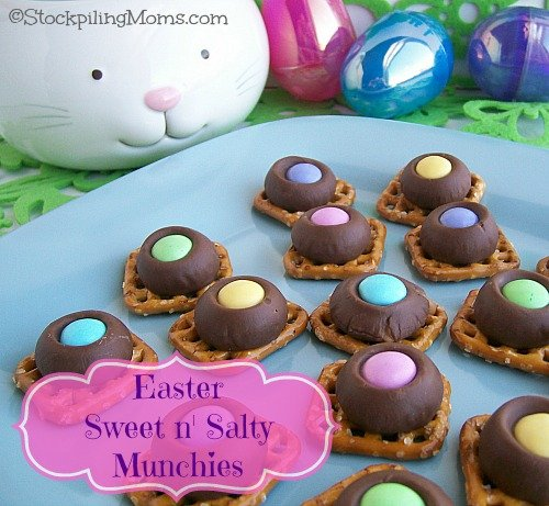 Easter Sweet n' Salty Munchies are easy to make and everyone loves them!