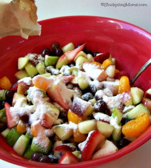 This Easy Fruit Salad using vanilla pudding mix is DELICIOUS! You have to try it!
