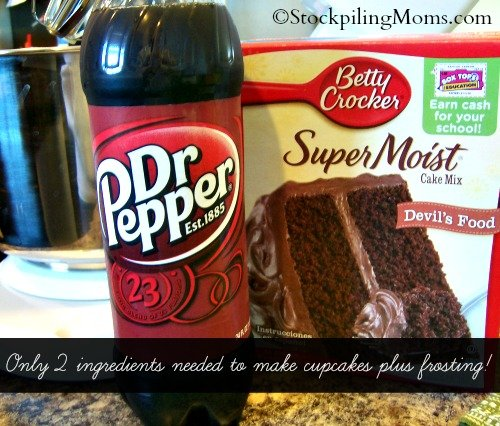 Dr Pepper Chocolate Cupcakes are amazing! Only 3 ingredients needed! #drpepper #cupcakes