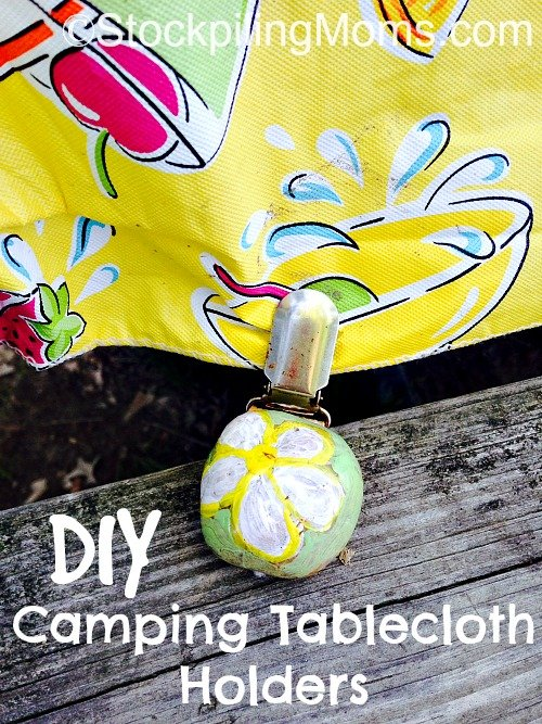 DIY Camping Tablecloth Holders are perfect to keep your picnic tables covered! #camping