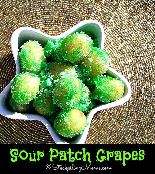 Sour Patch Grapes are the perfect summer time treat! #grapes #kids