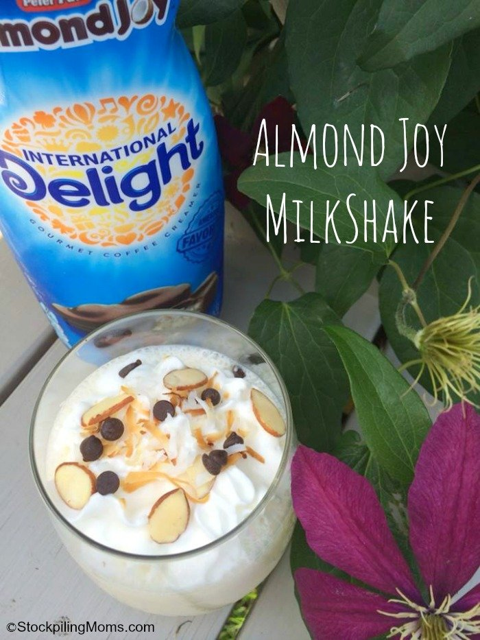 This Almond Joy Milkshake makes the perfect treat for those hot summer ...