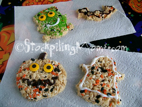 halloween rice krispies are super adorable and easy to make kids will love them