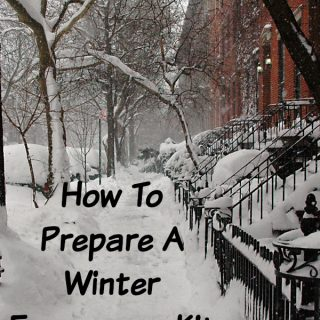 How To Prepare A Winter Emergency Kit