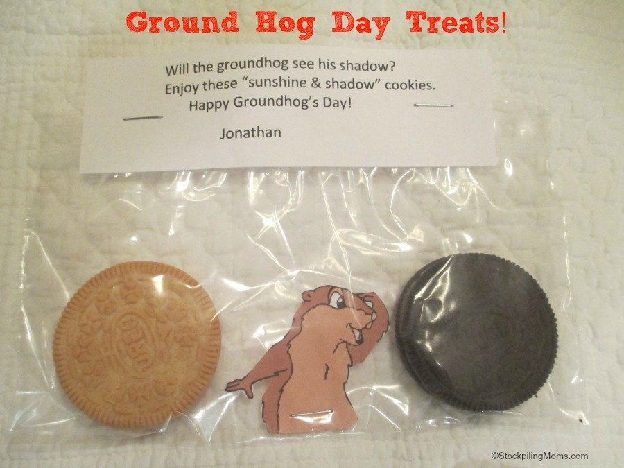 These Ground Hog Day Treats are easy to put together for a classroom or playgroup. The kids will have a blast deciding if the groundhog will see his shadow.