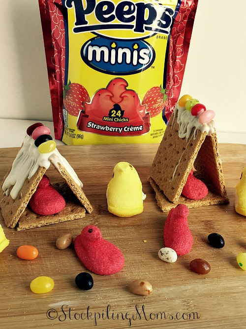 DIY Easter House is a fun project to do with kids!