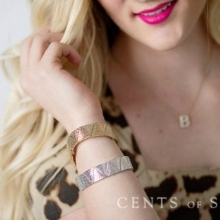 #StyleSteals Combo Deal: Triangle Stretch Bracelet & Pearl Locket Necklace