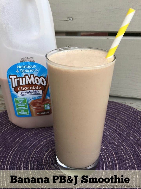 TruMoo Banana PB&J Smoothie Recipe is perfect for summer!
