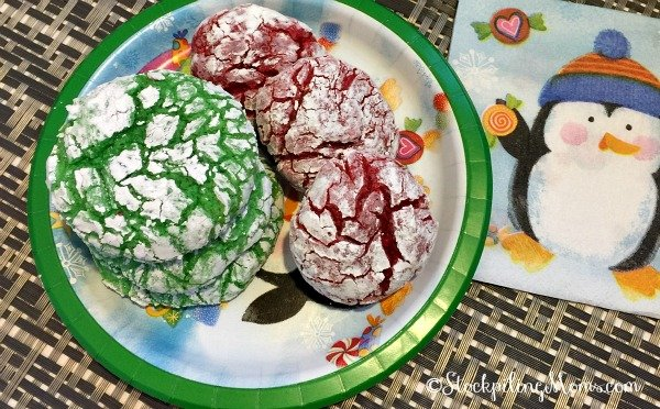 Christmas Cookie Crinkles recipe is so easy with only 5 ingredients!