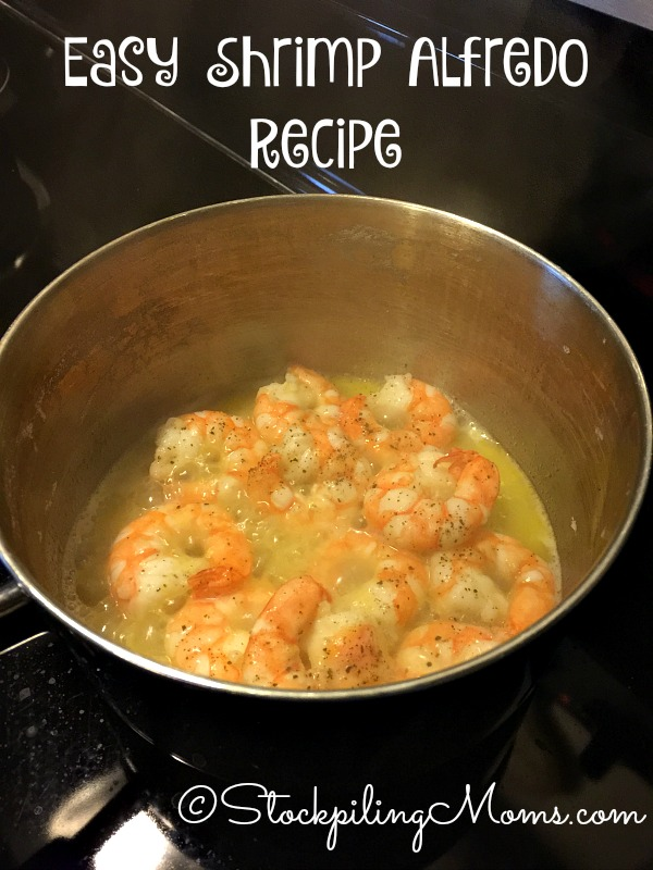 This seafood dinner idea for Easy Shrimp Alfredo Recipe is perfect for Lent!