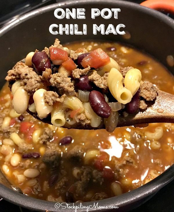 One Pot Chili Mac recipe is the best 30 minute meal ever!