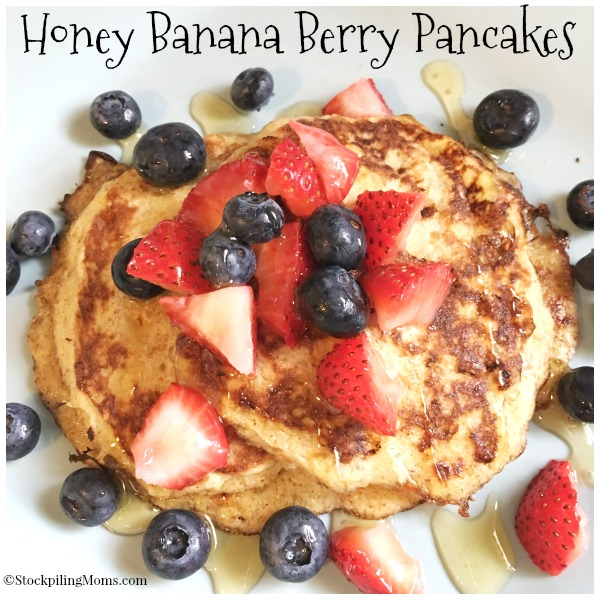 Honey Banana Berry Pancakes are the best gluten free, clean eating pancakes ever!