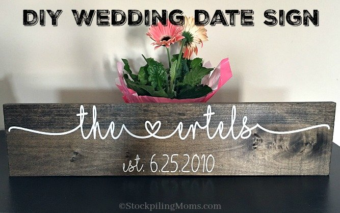 This is an easy craft for DIY Wedding Date Sign to make for a bridal shower gift or wedding gift for the happy couple!