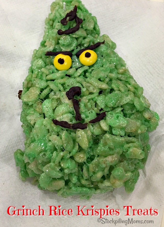 Grinch Rice Krispies Treats are such a cute idea for a Christmas party!