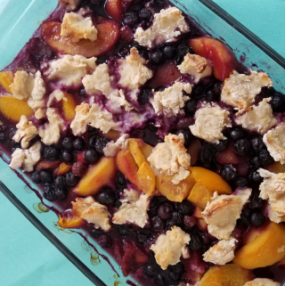 Weight Watchers Peach Berry Cobbler