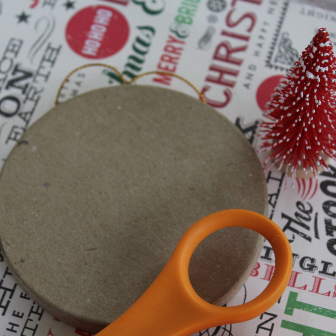 How To Make an Easy Decoupage Christmas Ornament