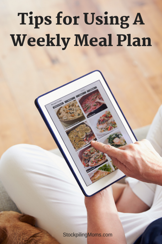 Using a weekly meal plan helps you to save money, stay on track with your dietary needs, and keep your kitchen running smoothly.