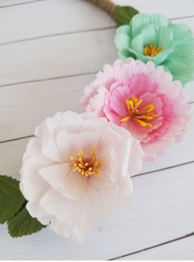 How to make a Rustic Floral Wreath for Spring Decor with items from the Dollar Tree