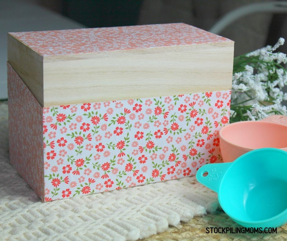 DIY Decoupage Recipe Box